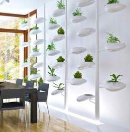 Hydro Pods: Vertical Garden Screen