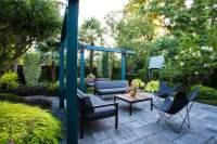 Small Garden Gets Tropical Makeover | Garden Design