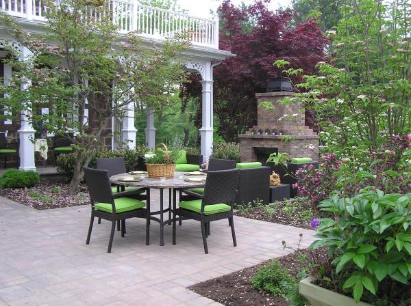 garden design . - distinctive