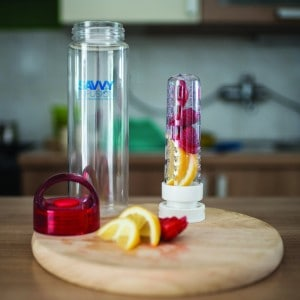 travel water infusion bottle