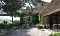 Low-Cost Luxe: 9 Pea Gravel Patio Ideas to Steal: Gardenista
