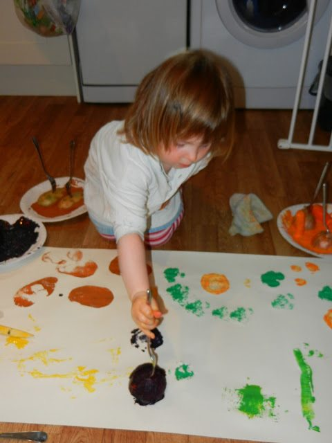 gardening-with-kids-vegetable-painting