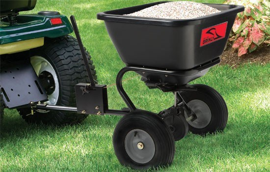 best-fertilizer-spreader-tow-behind