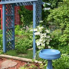 Green Resin Patio Chairs Glider Chair Kijiji Ottawa 27 Eye-opening Bird Bath Ideas • Garden Outline