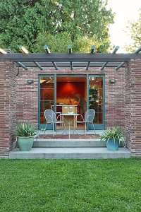 27 Beautiful Attached Pergola Designs to Enjoy Your ...