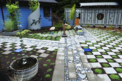 037_Garden_Art_web