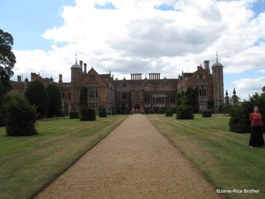 The façade of Charlecote (east elevation). The south extension is at far left in photo.