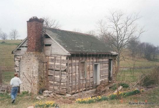 A single pen log house in Bourbon County, Kentucky.