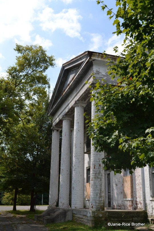 The large tetrastyle Doric Portico of the Fisher-Byington House in Danville, Kentucky.