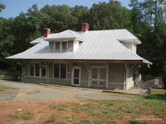 The circa 1910 train depot in Montpelier, Virginia. Photo circa 2008.