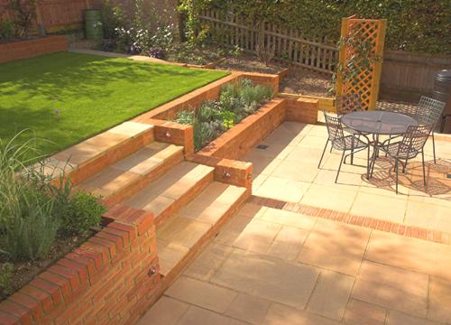 Small Sloping Garden Design