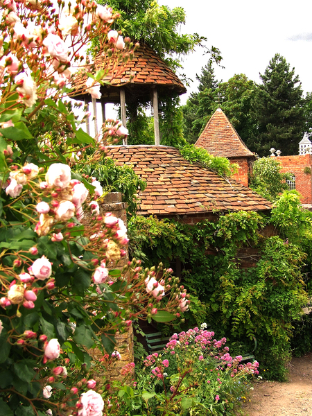 Stone House Cottage Gardens