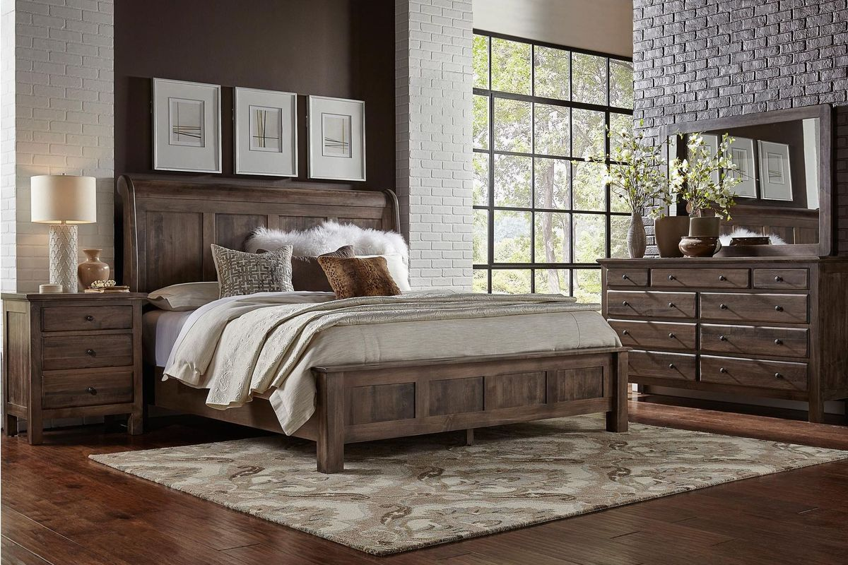 """Instantly infuse your room with a style that has both traditional and contemporary elements. Lewiston 5-Piece Queen Storage Bedroom Set with 32"""" LED-TV"""