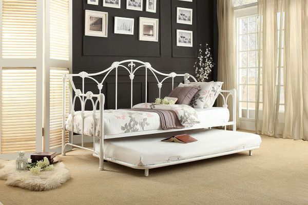 Amber White Daybed With Trundle Gardner-white