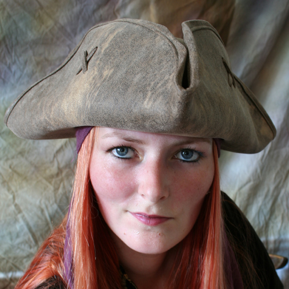photo reference of a woman wearing a tri-corner hat
