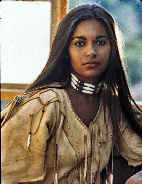 photo reference of a beauty Native American woman