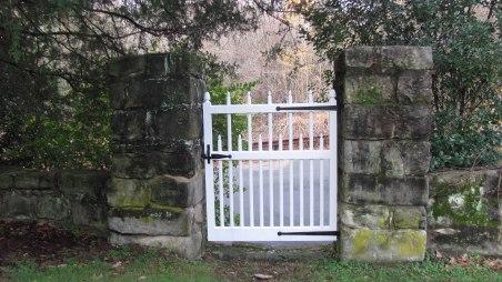 acorn-gate