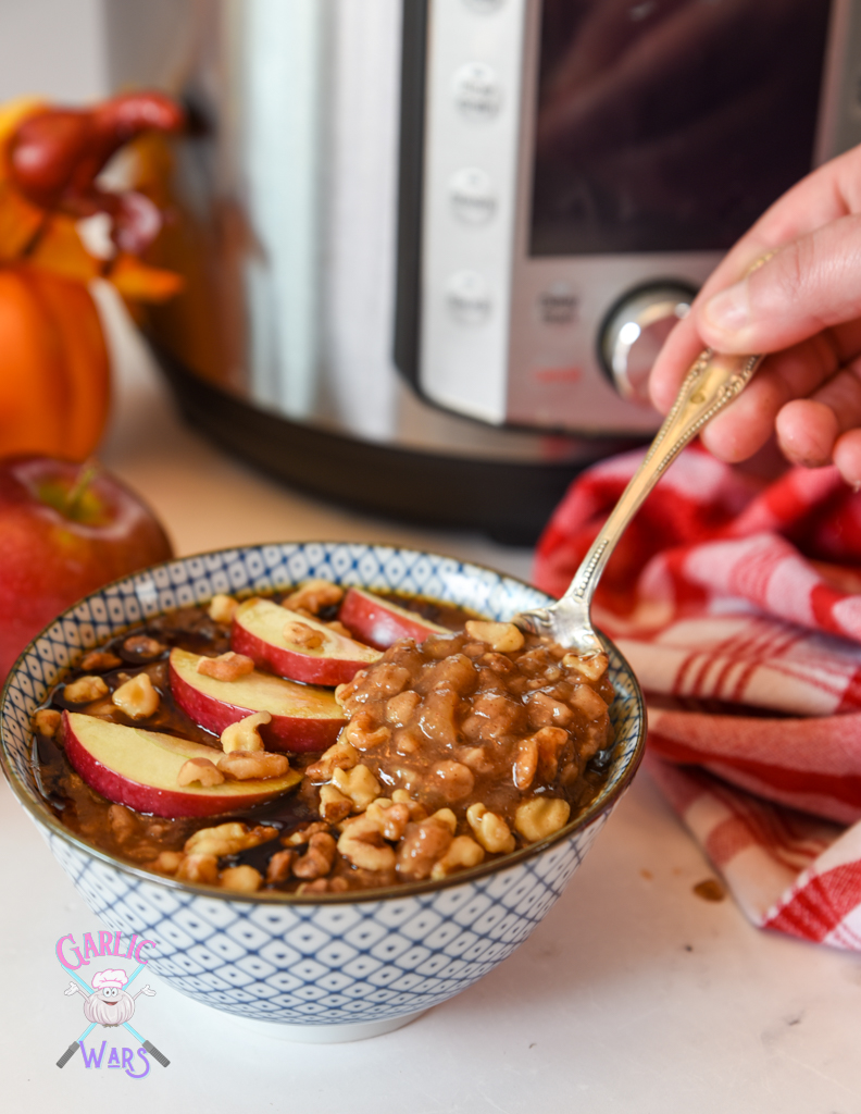 close up of apple pie oatmeal.