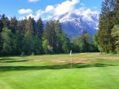 Golfclub - Blick auf die Alpspitze
