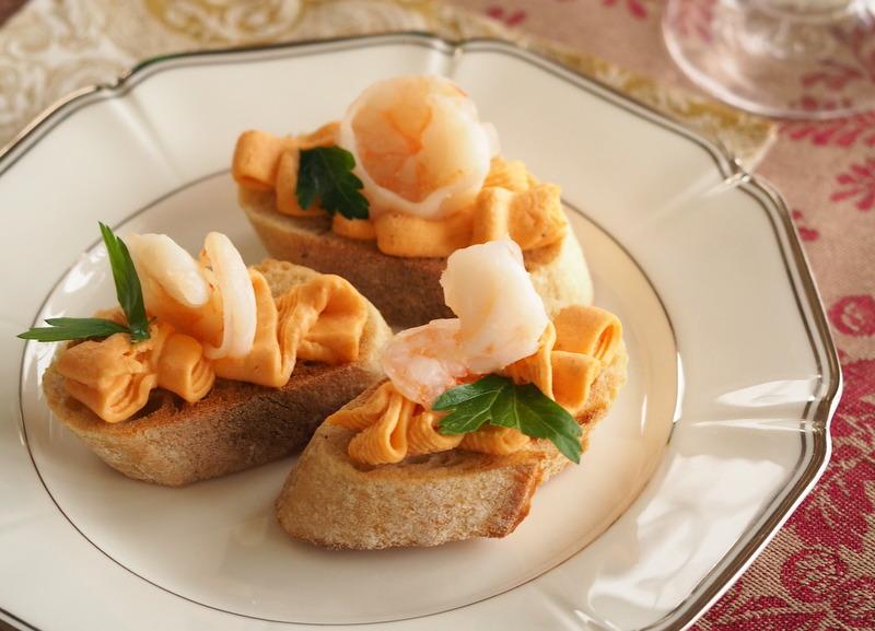 Kanapeczki z masłem krewetkowym