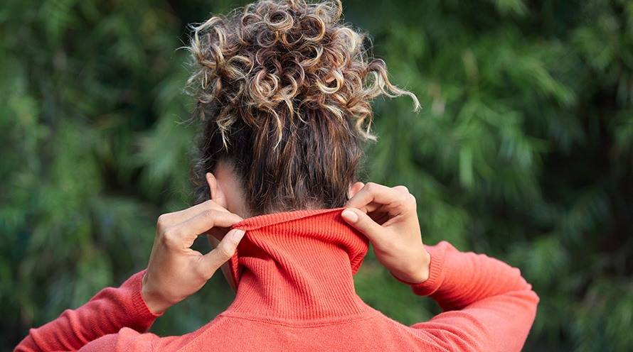 What Is How To Pineapple Hair Curly Hair Tips Garnier