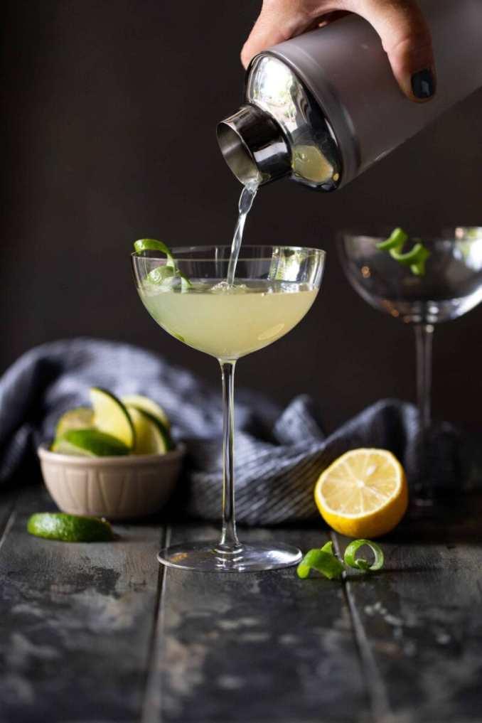Easy Elderflower Martini Recipe with Vodka & Gin - Garnish