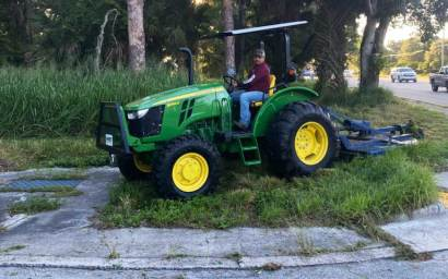 Tractor for Earthworks Land Clearing Mowing, Drainage, Grading, and Contouring.