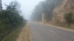 Mist on the road leaving Lamahi.