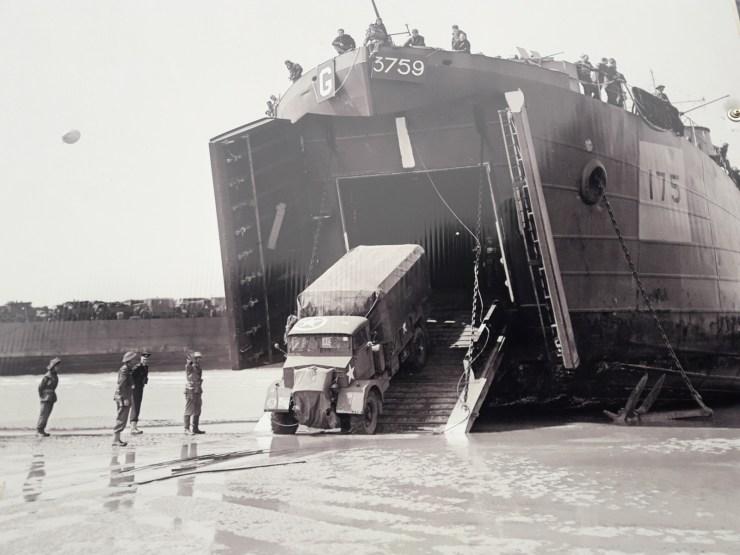 Boat lorry beach