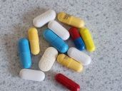 Coloured tablets