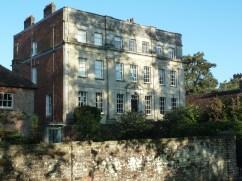 Georgian house in West Walk Salisbury