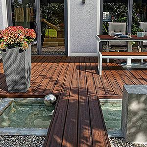 Terrasse aus WPC Dielen selbst verlegen