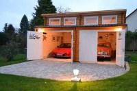 Eine Garage aus Holz fr historische Fahrzeuge