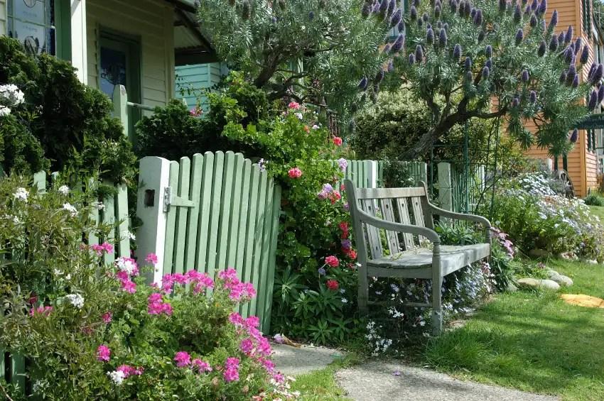 Cottage Garten Gestaltungsideen im englischen Stil