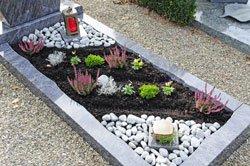 Pflegeleichte Grabgestaltung  3 Tipps fr weniger Arbeit im Jahr