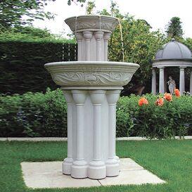 gartenbrunnen f r die stilvolle gartendekoration. Black Bedroom Furniture Sets. Home Design Ideas