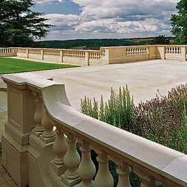 """Balustrade """"Depurado"""" Geländer aus Steinguss in weiß, beige oder terrakotta"""
