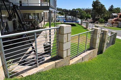La recinzione in acciaio come recinzione da giardino ⋆ steccato e