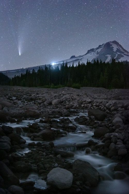 Comet NEOWISE at Mount Hood Oregon