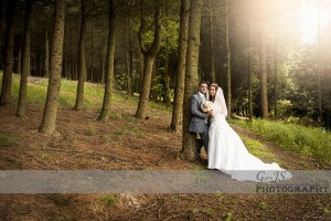 Carl and Hayley   The Saddleworth Hotel Wedding Photography   Holmbridge Church