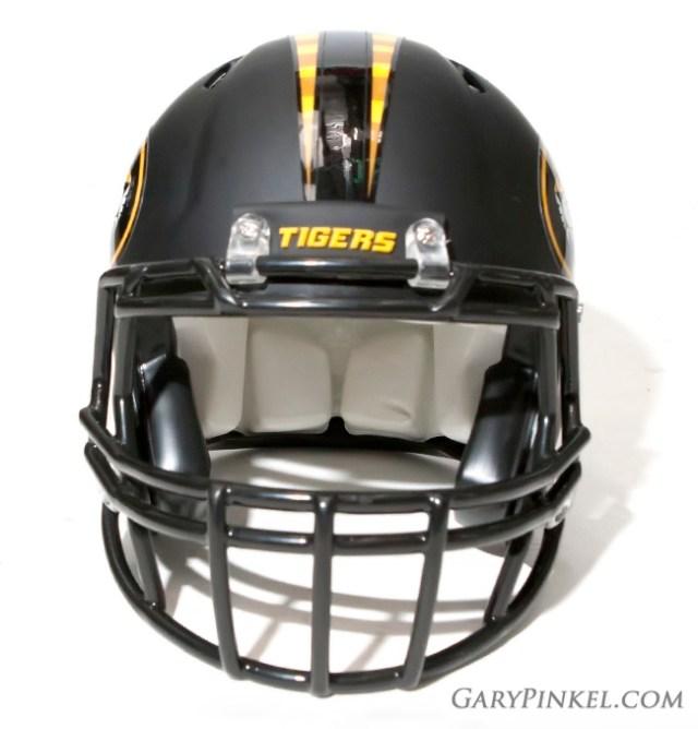 Mizzou-Nike-helmet-front
