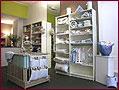 Magasin de vêtements, jouets et mobiliers pour enfants de 0 à 10 ans. Listes de naissance et puériculture à Tournai (Hainaut, Belgique)