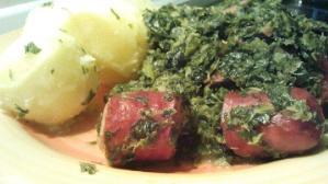 Grünkohl mit Knacker und Kartoffeln