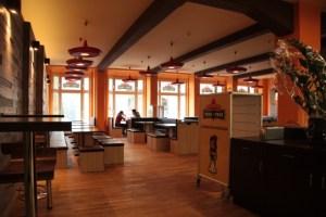 Blick in den Restaurantbereich des Taco Taco Leipzig