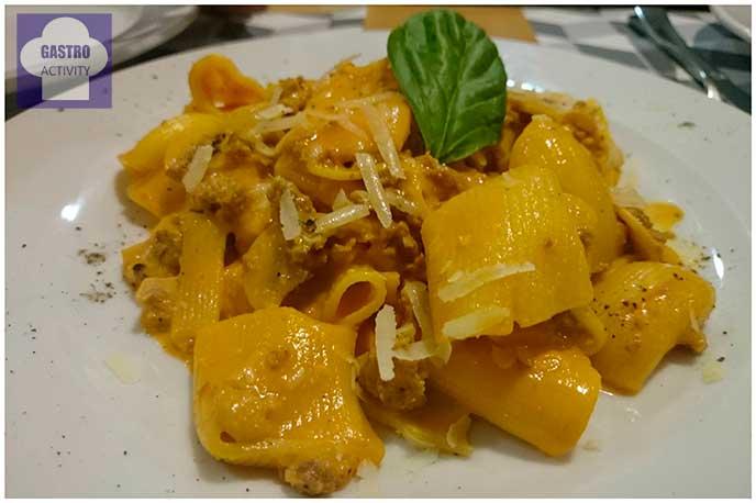 Macceroni alla Morcina con salchicha fresca de Umbria