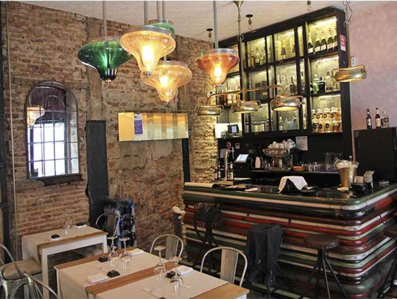Restaurante Sky Sushi and Ramen Bar Interior