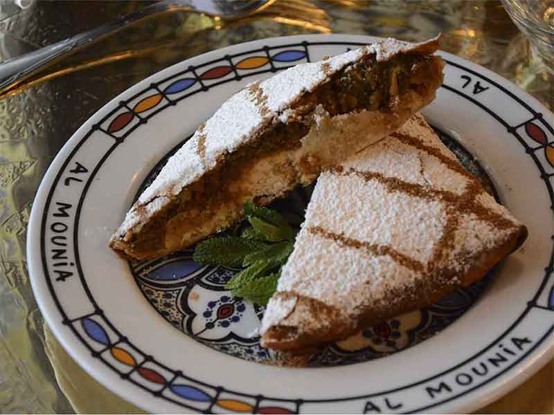 restaurante marroqui AL-MOUNIA Madrid Pastella Farci