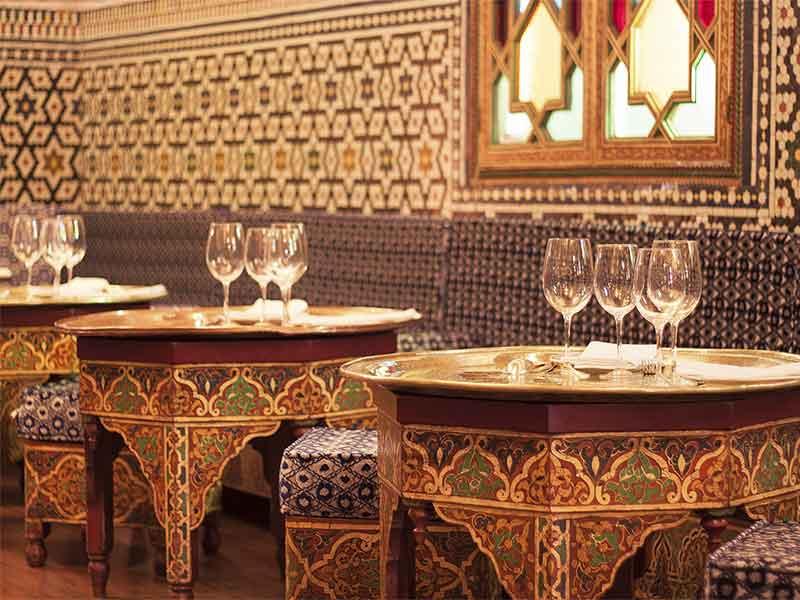 restaurante marroqui AL-MOUNIA Madrid Comedor