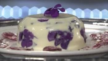 Pana cotta aux fleurs de violette