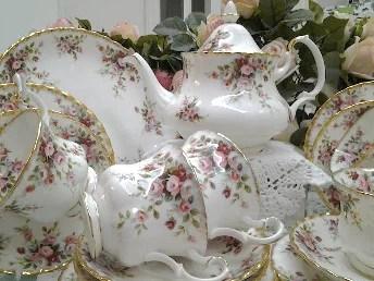 Service à thé en porcelaine anglaise